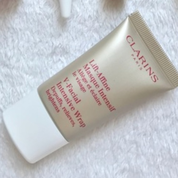 V-Facial Intensive Wrap by Clarins #18